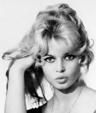 brigitte-bardot-giovane-sexy-dipinto-quadro-pop-art-tutorial-trasformare-photoshop